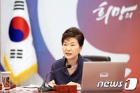 '총선심판' 호소 朴대통령, 총선용 2차개각 준비…폭 확대?