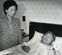 민주화 투쟁 앞장서던 김영삼 전 대통령