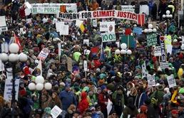 캐나다 기후변화협약 촉구 시위