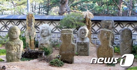[우리옛돌박물관] 다양한 표정의 돌조각