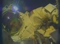 [사진]우주산책하는 테리 버츠