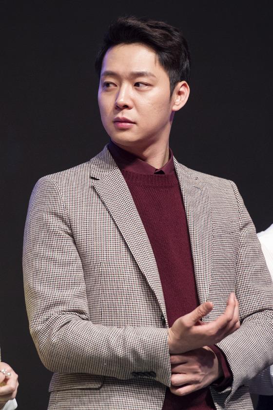 """[공식]박유천 측 """"7년전 반려견 사고 피해, 경위 파악 중"""""""