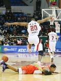 테일러 '승리 피해 점프'