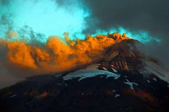 지옥불 토해내는 칠레의 비야리카 화산