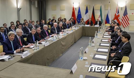 이란 핵협상 하루 연장…유엔제재·핵중단기간 놓고 평행선