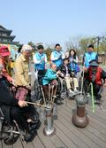 JW중외그룹, 장애인의 날 맞아 봄나들이