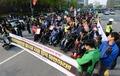 장애인 복지 정책 확대 촉구, 거리 행진하는 장애인들