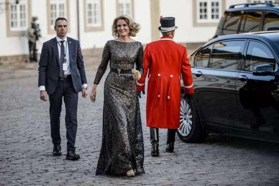 덴마크여왕 75세 생일축하연 참석하는 총리