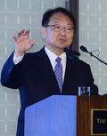 주택정책 강연하는 유일호 국토부 장관