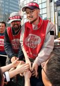 SKB·LGU+ 비정규노동자 '80일 만에 땅으로'