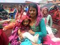 네팔 지진으로 인해 부상입은 시민들