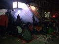 네팔 7.8 규모 지진, 거리에서 밤을 지새우는 주민들