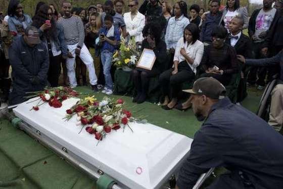 흑인청년 프레디 그레이의 장례식