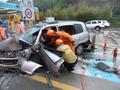 통영톨게이트 출구 안전대 충돌 교통사고 발생