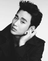 김수현 '리얼' 출연 확정…충무로 돌아온 '흥행 불패' 한류스타