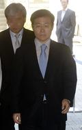 법원 들어서는 김진수 전 금감원 부원장보