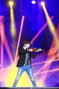 헨리, 바이올린과 함께 고난이도 댄스!