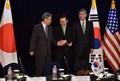 [사진]한미일 북핵협상 대표 '한 마음' 악수