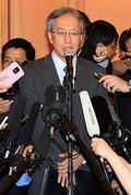 질문에 답하는 이하라 준이치 일본 측 수석대표