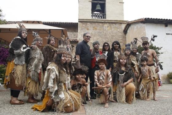 미국원주민 오론족, 수도원 건립 기념식