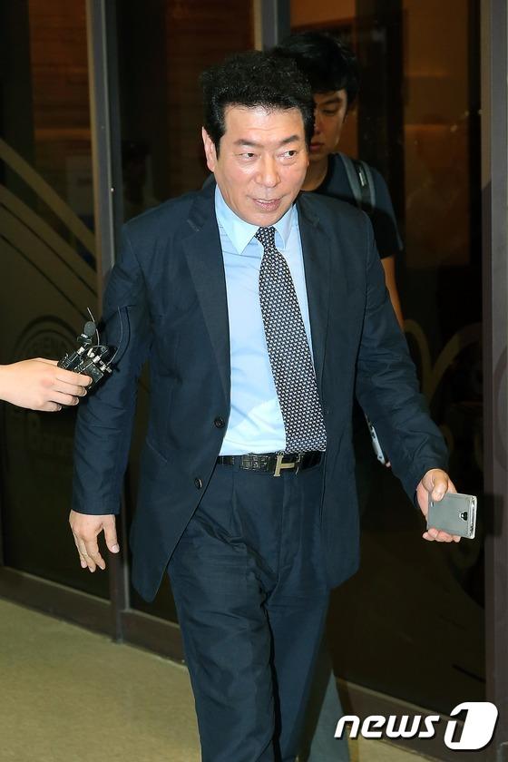 '혜은이 남편' 김동현, 억대 사기 혐의로 피소·재판 중