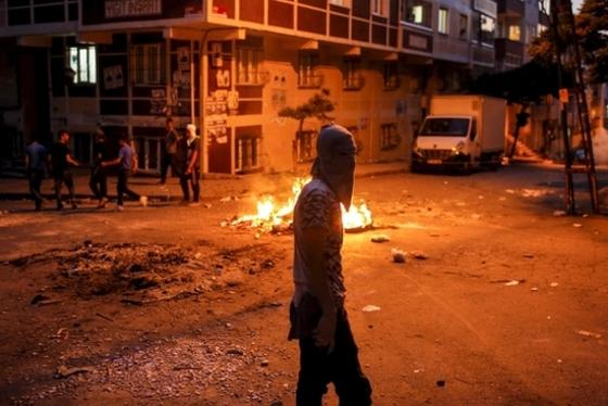 전쟁터같은 터키 시위현장