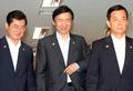 국무회의 참석하는 윤병세-한민구 장관