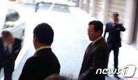 롯데家 분쟁, 승기잡은 신동빈…신동주, 소송으로 반격할까