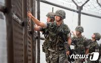 軍, 대북 최고경계태세 하향조정…北 포병전력 완화한 듯