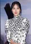 """홍상수 김민희 불륜설 외신도 집중 """"1년 가까이 교제"""""""