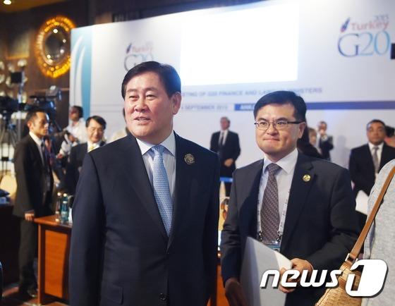 """최경환, """"한국은 노동개혁으로 일자리 창출""""…G20 청년실업 '고민'"""