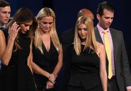 고개숙인 트럼프 가족들