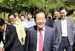 '홍트럼프' 홍준표, 黃 대안?…보수 대선주자 뜨나