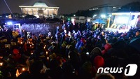 '운명의 날' 밝았다…탄핵안 가결 220표가 분수령