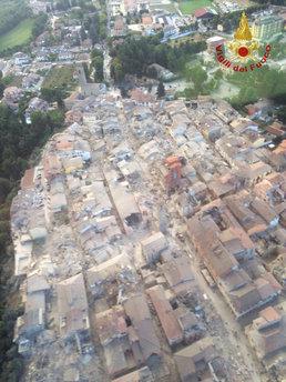 6.2 지진에 초토화된 伊 아마트리체