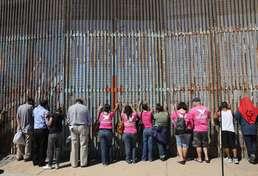 美-멕시코 국경 '철의 장벽'