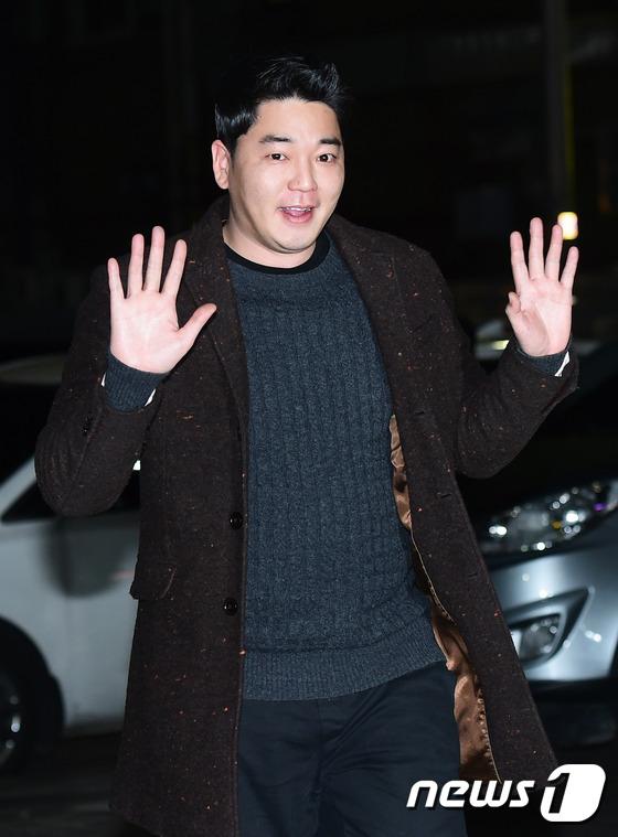 [단독] '치인트' 문지윤, 일반인 여성과 결혼 전제 열애