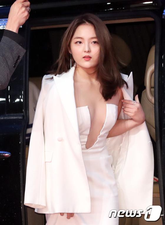 [화보] 서신애, 'BIFF 최고 섹시 레이디'
