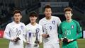 동아시안컵 상 휩쓴 대한민국 선수들