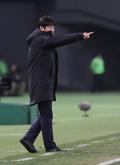 신태용 감독 '적극적인 작전 지시'