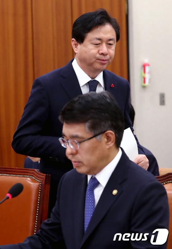 국회 농해수위 출석한 해양수산부 장관과 해양경찰청장