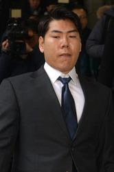 美대사관, 강정호 비자 발급 거부…ML 복귀 '빨간불'