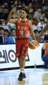 1위 KGC, 최종전 잡고 6R 전승…동부 김주성 1만득점