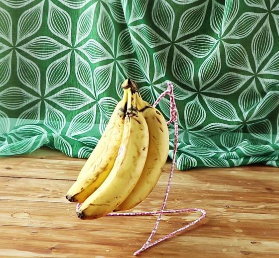 [요리 꿀팁] 옷걸이의 무한 변신 '바나나 걸이' 만들기