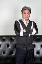 """[인터뷰] 최민식 """"서이숙과 부부 싸움신, 예배당 종 치듯 맞았죠"""""""