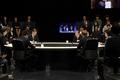 원탁에 둘러앉은 대선후보들 '열띤 토론'