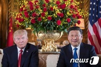 """트럼프 """"中 대북압박 강화 안하면 北에 독자행동"""""""