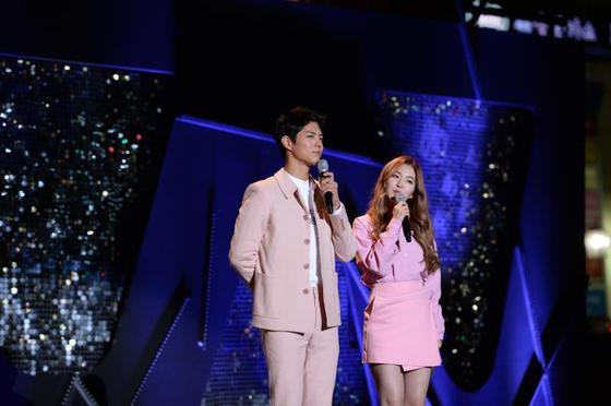 박보검X아이린, '뮤직뱅크' 월드투어 MC 출격…자카르타서 재회 [공식]
