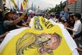 美 대사관 앞에서 '사드 반대' 외치는 시민들
