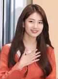 [단독] 'JYP 떠나는' 수지, 매니지먼트숲 전격 이적